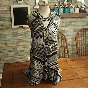 Avenue Plus Size 30/32 Sleeveless SharkBite Tunic